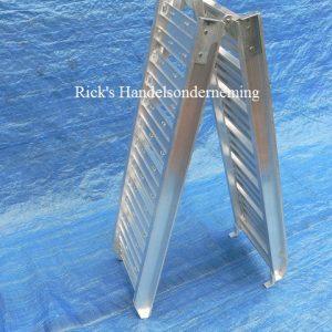 Oprijplaat opklapbaar 180×29 aluminium 200kg 2